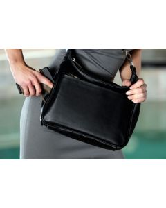 Desantis Women's Gunnybag Lthr Purse Small Autos Black